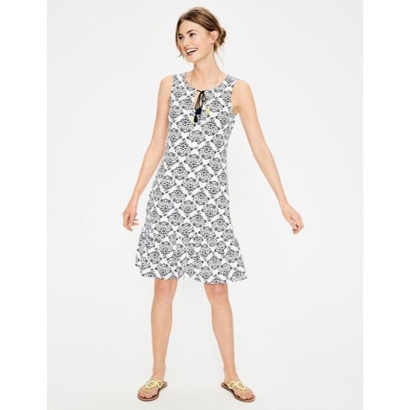 4d68de177cf Boden Dresses & Skirts - Boden Arabella Jersey Dress Floral